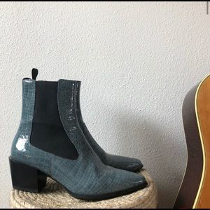 Vagabond Betsy Boot